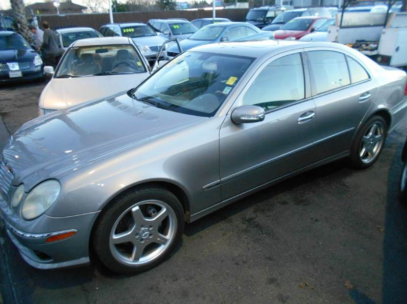 2005 MERCEDES-BENZ E-CLASS E500 4DR SEDAN silver abs - 4-wheel anti-theft system - alarm center