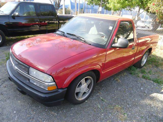 1998 CHEVROLET S-10 LS 2DR STANDARD CAB SB red 15 inch wheels abs - 4-wheel clock daytime runni