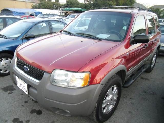 2001 FORD ESCAPE XLT 4WD red 4wdawdabs brakesair conditioningalloy wheelsamfm radioanti-bra
