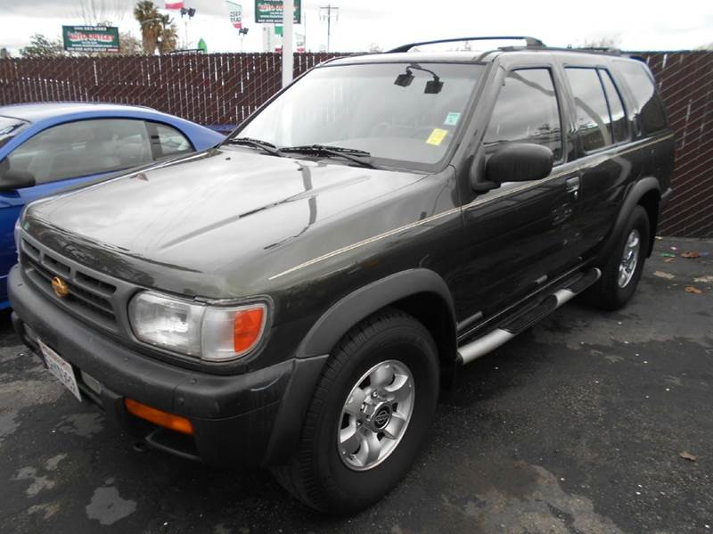 1997 NISSAN PATHFINDER LE 4DR 4WD SUV green abs - 4-wheel antenna type - power anti-theft syste