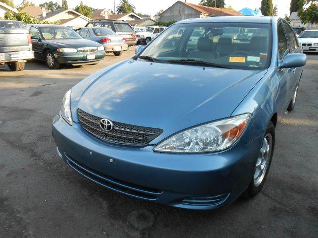 2002 TOYOTA CAMRY XLE blue 4 doorair conditioningalloy wheelsamfm radioautomatic transmission