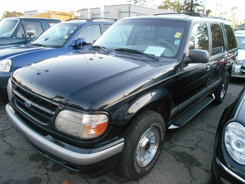 1998 FORD EXPLORER XLT 4DR 4WD SUV black abs - 4-wheel cassette center console cruise control