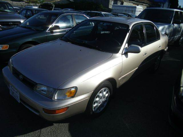 1994 TOYOTA COROLLA LE gold air conditioning amfm radio cruise control driver and passenger f