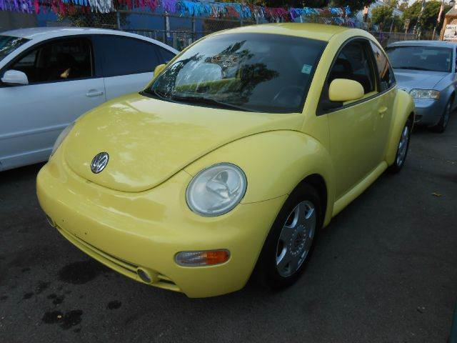 1998 VOLKSWAGEN BEETLE yellow abs brakesair conditioninganti-brake system 4-wheel absbody styl
