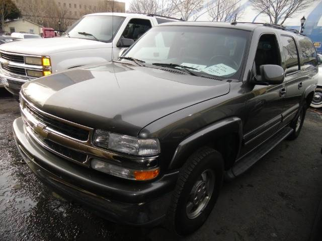 2002 CHEVROLET SUBURBAN 1500 4WD grey 4wdawdabs brakesair conditioningalloy wheelsamfm radio