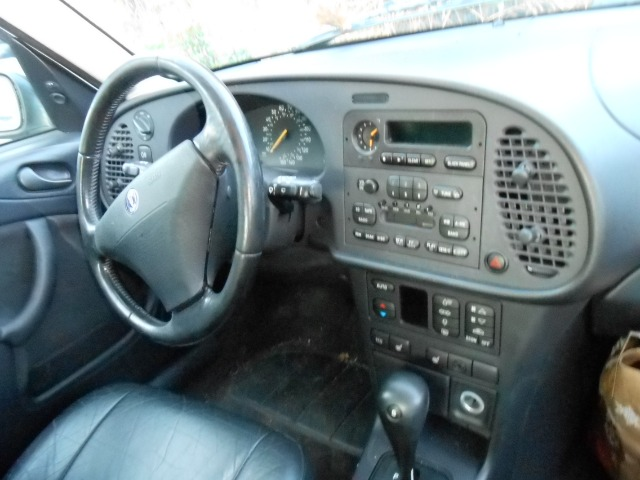 1995 SAAB 900 SE HATCHBACK