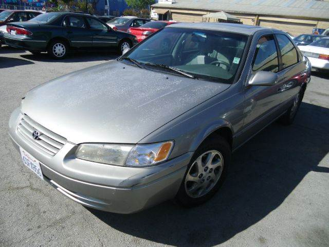 1998 TOYOTA CAMRY LE 4DR SEDAN gray 14 inch wheels abs - 4-wheel cruise control exterior mirro