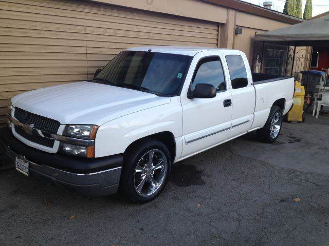 2004 CHEVROLET SILVERADO 1500 LS 4DR EXTENDED CAB RWD SB white abs - 4-wheel anti-theft system -