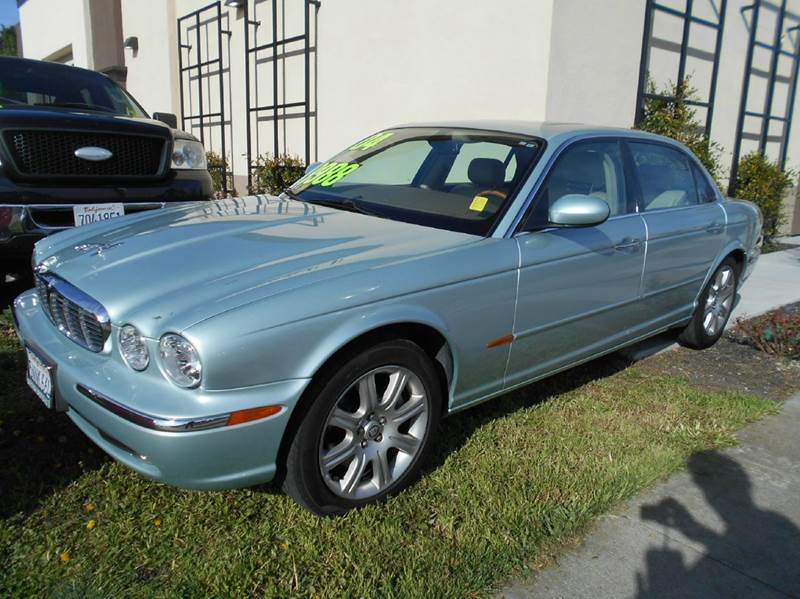 2005 JAGUAR XJ-SERIES XJ8 4DR SEDAN light green abs - 4-wheel adjustable pedals - power anti-th