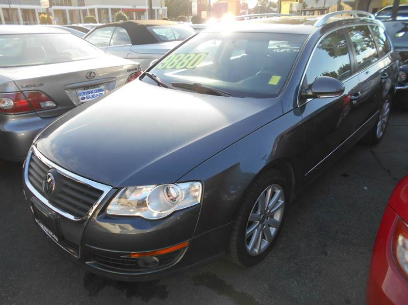2010 VOLKSWAGEN PASSAT KOMFORT PZEV 4DR WAGON charcoal abs - 4-wheel air filtration airbag deac