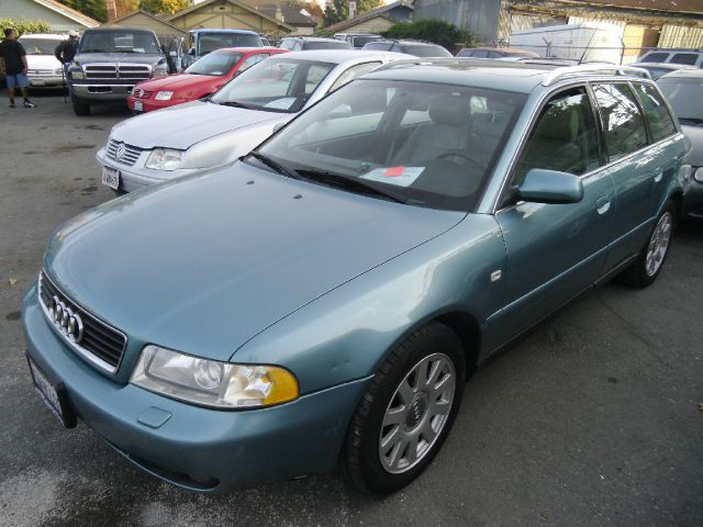2000 AUDI A4 28 green 4wdawdabs brakesair conditioningalloy wheelsamfm radioanti-brake sys