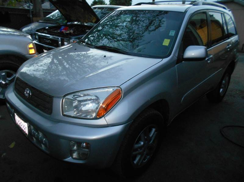 2001 TOYOTA RAV4 silver air conditioning alloy wheels amfm radio wcd player cruise control