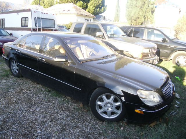 2001 MERCEDES-BENZ S-CLASS S500 4DR SEDAN black abs - 4-wheel anti-theft system - alarm cassette