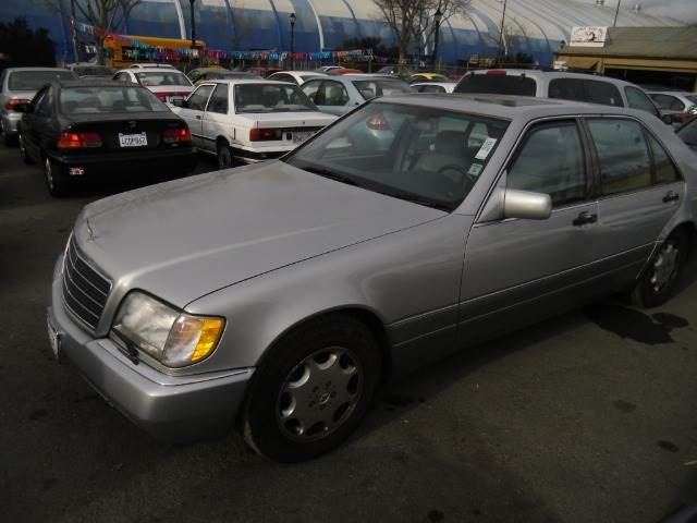 1995 MERCEDES-BENZ S-CLASS S420 SEDAN silver abs brakesair conditioningalloy wheelsanti-brake s