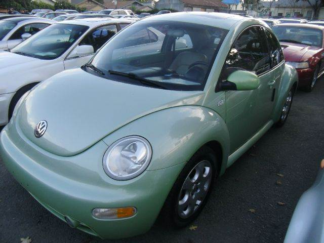 2002 VOLKSWAGEN NEW BEETLE GLS 2DR HATCHBACK green 16 inch wheels abs - 4-wheel anti-theft syste