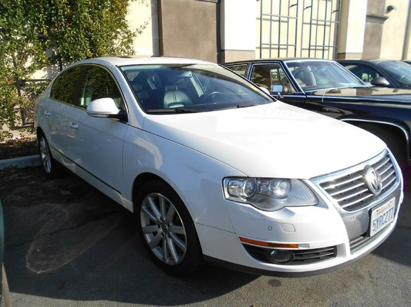 2006 VOLKSWAGEN PASSAT 36 4MOTION AWD 4DR SEDAN white abs - 4-wheel active head restraints - du