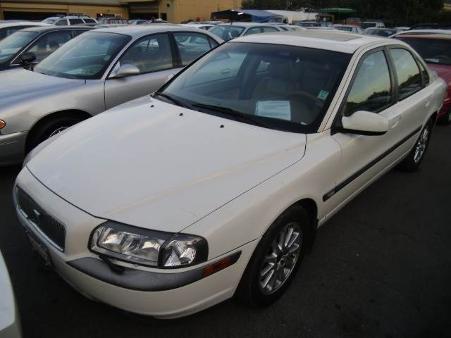 2001 VOLVO S80 T6 white abs brakesair conditioningalloy wheelsamfm radioanti-brake system 4-