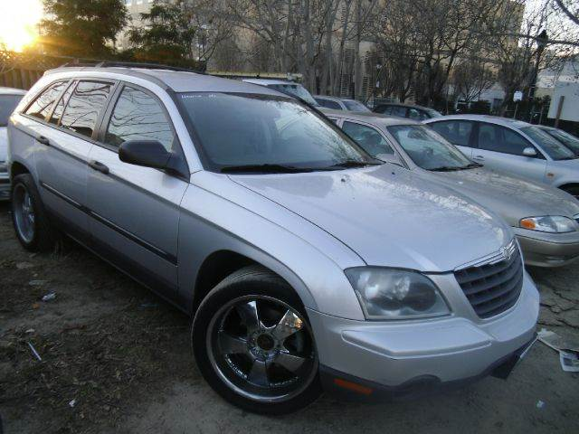 2005 CHRYSLER PACIFICA BASE FWD 4DR WAGON silver abs - 4-wheel anti-theft system - alarm center