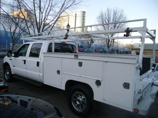 2005 FORD F-350 SUPER DUTY XLT UTILITY white air conditioning amfm radio wcd player cruise co
