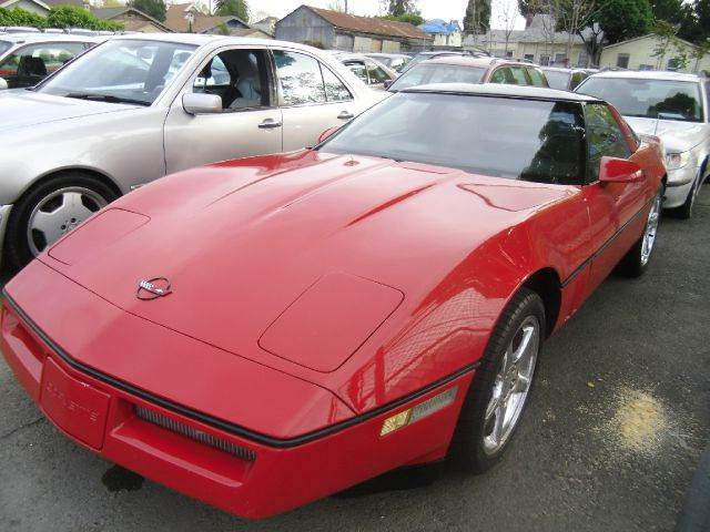 1985 CHEVROLET CORVETTE BASE 2DR STD HATCHBACK red antenna type - power anti-theft system - alar