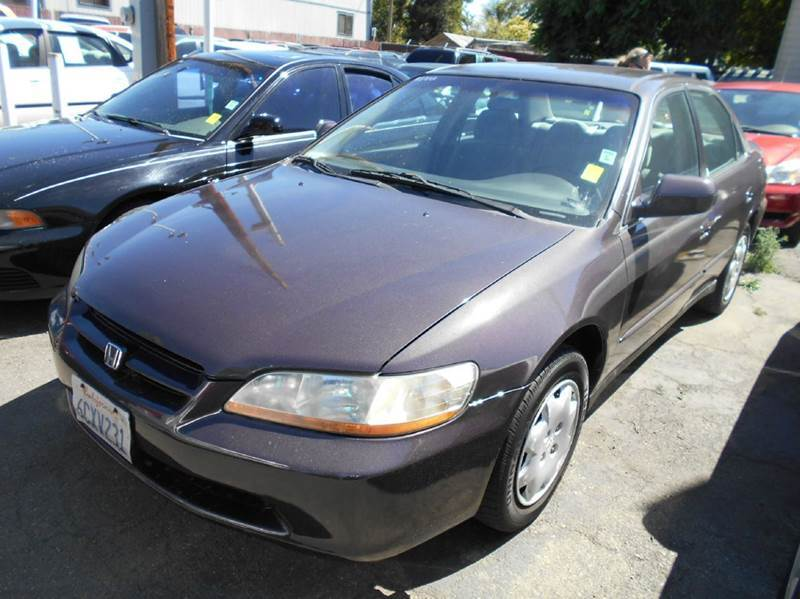 1999 HONDA ACCORD LX plum air conditioning amfm radio wcd player cruise control driver and p