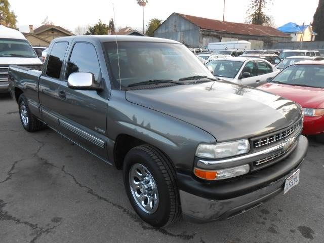 2002 CHEVROLET SILVERADO 1500 LS EXT CAB SHORT BED 2WD grey abs brakesair conditioningamfm rad
