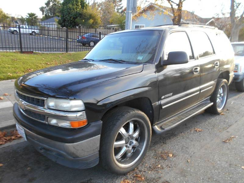 2001 CHEVROLET TAHOE LS 4WD 4DR SUV black abs - 4-wheel anti-theft system - alarm axle ratio -