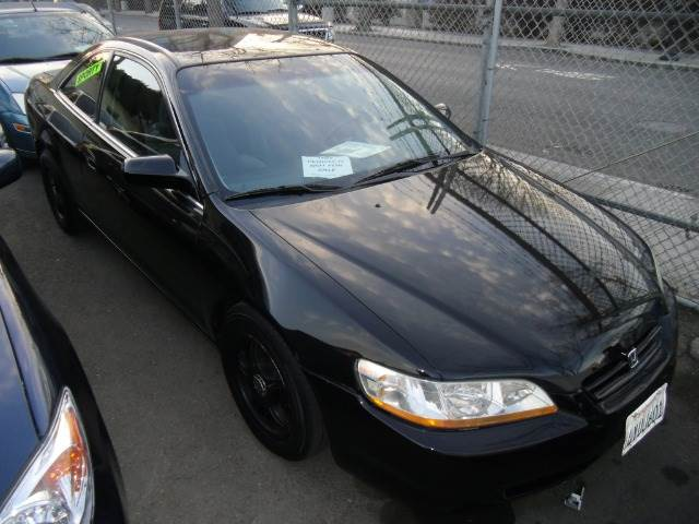1998 HONDA ACCORD EX SEDAN black 0 miles VIN 1HGCG5559WA005043