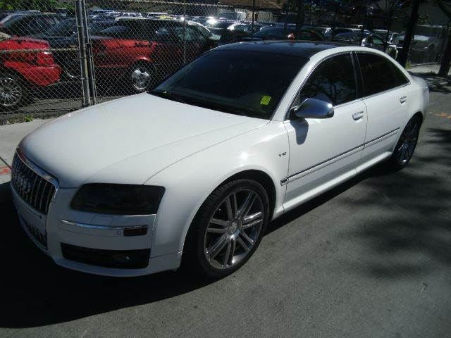 2007 AUDI S8 QUATTRO white clock cruise control power windows 100000 miles VIN WAUPN44E67N01