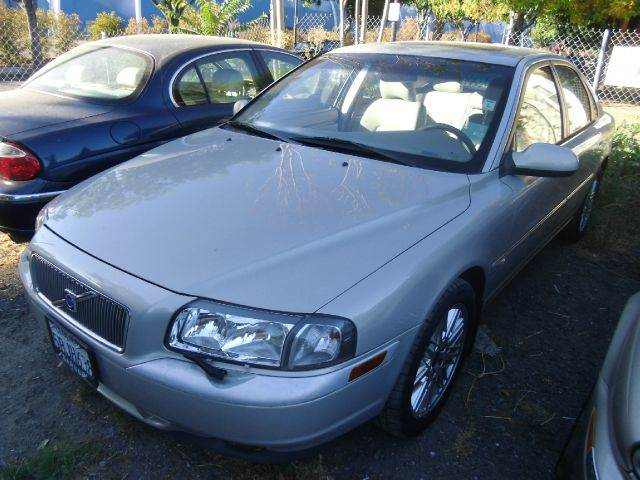 2002 VOLVO S80 29 4DR SEDAN silver abs - 4-wheel alloy wheels anti-theft system - alarm casse