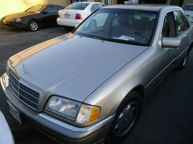 1999 MERCEDES-BENZ C-CLASS C230 KOMPRESSOR gold abs brakesair conditioningalloy wheelsamfm rad