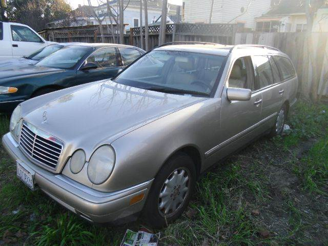 1999 MERCEDES-BENZ E-CLASS E320 4MATIC AWD 4DR WAGON gold abs - 4-wheel anti-theft system - alarm