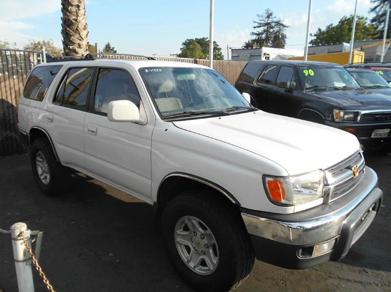 2002 TOYOTA 4RUNNER SR5 4WD 4DR SUV white abs - 4-wheel axle ratio - 391 bumper color - chrome