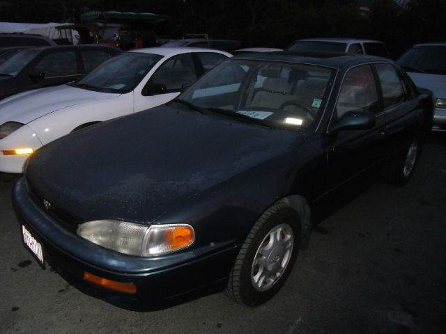 1996 TOYOTA CAMRY LE V6 green air conditioninganti-brake system non-abs  4-wheel absbody styl