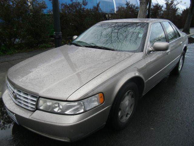 2001 CADILLAC SEVILLE SLS 4DR SEDAN gold abs - 4-wheel air suspension - rear anti-theft system