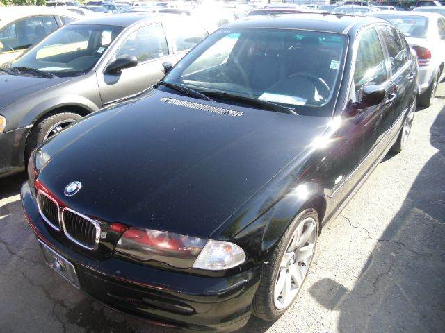 2001 BMW 3 SERIES 325I black abs brakesair conditioningalloy wheelsamfm radioanti-brake syst