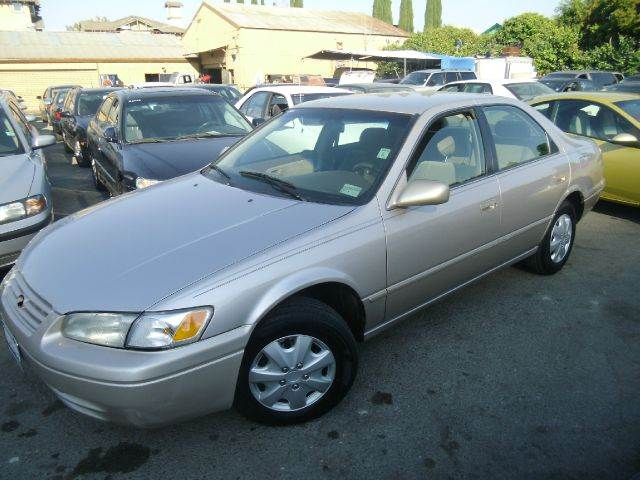 1998 TOYOTA CAMRY CE 4DR SEDAN gold abs - 4-wheel cruise control exterior mirrors - power front