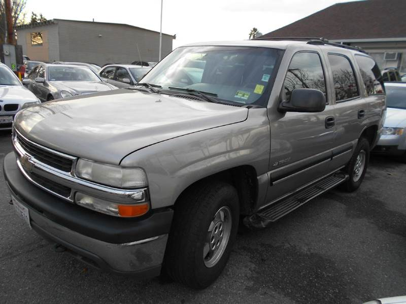 2001 CHEVROLET TAHOE LS 4WD 4DR SUV silver abs - 4-wheel anti-theft system - alarm axle ratio -