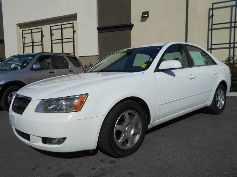 2006 HYUNDAI SONATA GLS V6 4DR SEDAN white abs - 4-wheel active head restraints - dual front ai