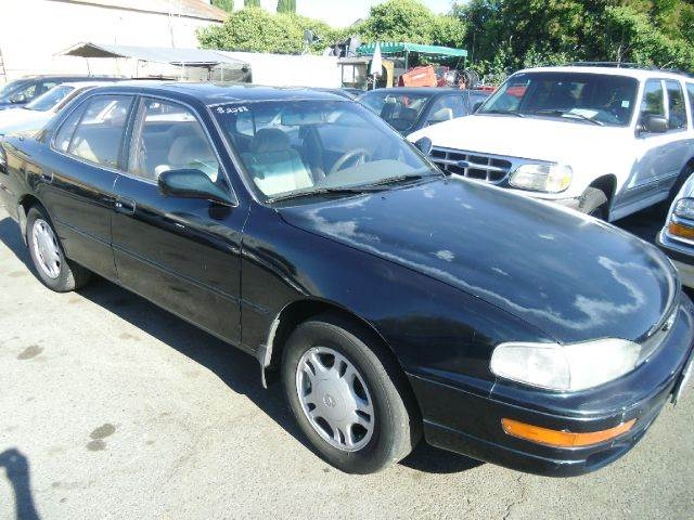 1994 TOYOTA CAMRY LE V6 SEDAN green air conditioninganti-brake system non-abs  4-wheel absbody
