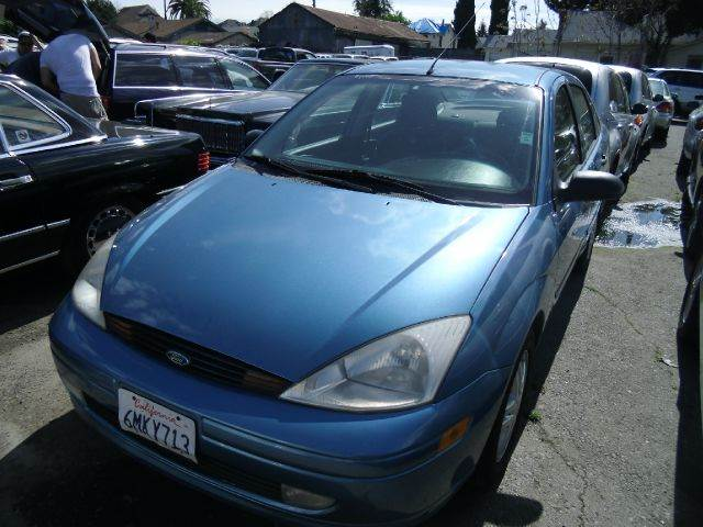 2000 FORD FOCUS SE blue air conditioningalloy wheelsamfm radioanti-brake system non-abs  4-