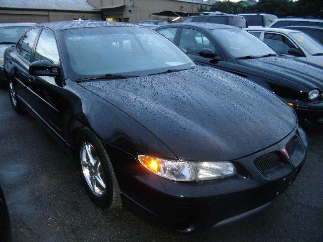 2002 PONTIAC GRAND PRIX GT 4DR SEDAN black abs - 4-wheel center console clock cruise control