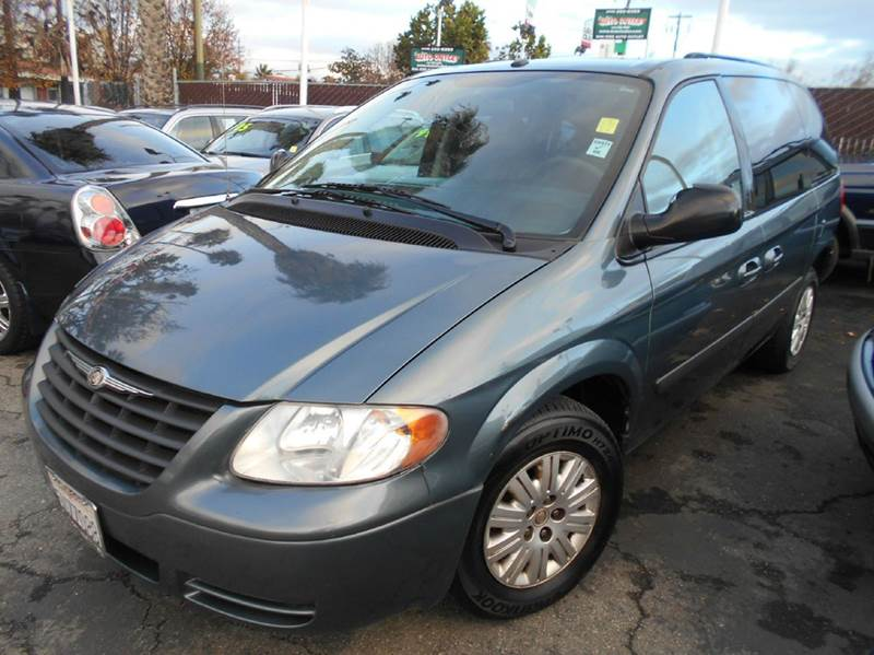 2006 CHRYSLER TOWN AND COUNTRY BASE 4DR MINI VAN green airbag deactivation - occupant sensing pas
