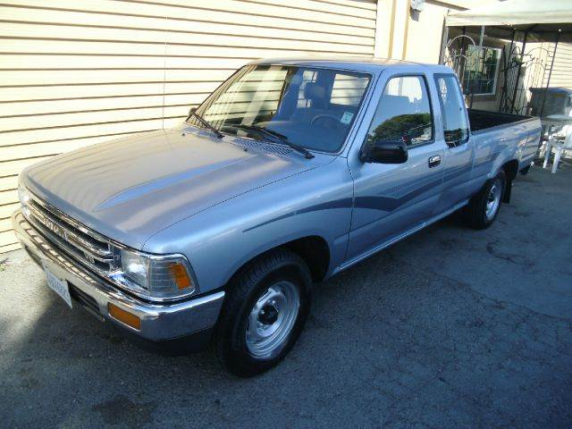 1990 TOYOTA PICKUP DELUXE 2DR EXTENDED CAB SB silver front seat type - bucket power upholstery -