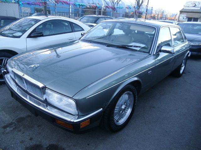 1994 JAGUAR XJ VANDEN PLAS gray abs brakesair conditioningalloy wheelsanti-brake system 4-whe