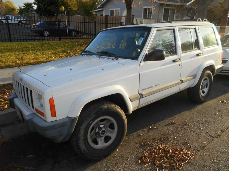 2001 JEEP CHEROKEE SPORT 2WD 4DR SUV white axle ratio - 307 cassette center console front air