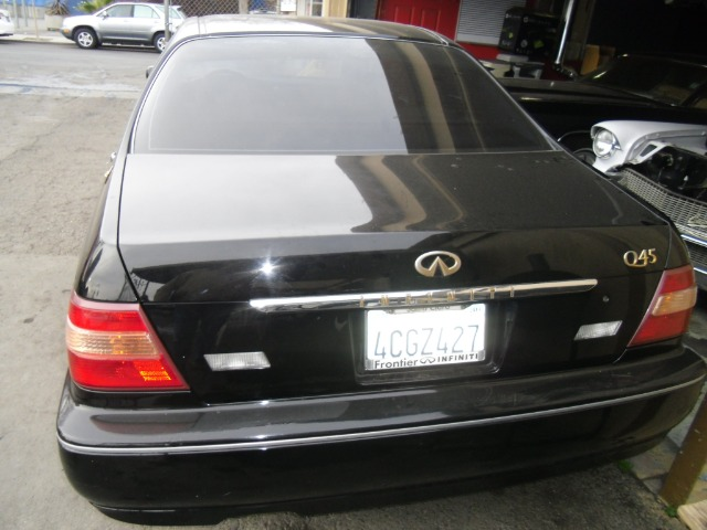 1999 INFINITI Q45 T