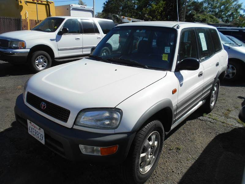 1997 TOYOTA RAV4 BASE AWD 4DR SUV white front airbags - dual front seat type - bucket front wip