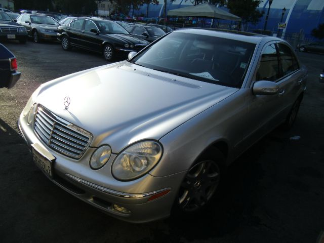 2005 MERCEDES-BENZ E-CLASS E320 silver abs brakesair conditioningalloy wheelsamfm radioanti-b