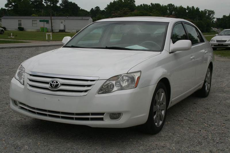 Elegant 2005 Toyota Avalon Limited 4dr Sedan   Roanoke Rapids NC
